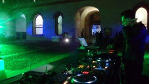 NOLEGGIO LUCI E DJ SET MILANO